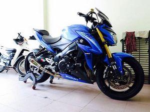 """Siêu naked-bike Suzuki GSX-S1000 """"độ độc"""" tại Sài Gòn"""