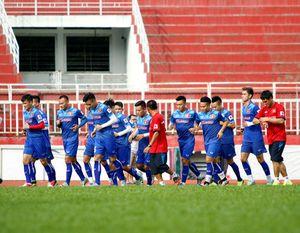 HLV Hữu Thắng chia sẻ lý do chưa gọi cầu thủ nhập tịch vào tuyển Việt Nam