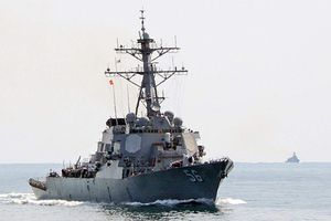 Tàu khu trục Mỹ tới Đà Nẵng chuẩn bị luyện tập chung tới Hải quân Việt Nam