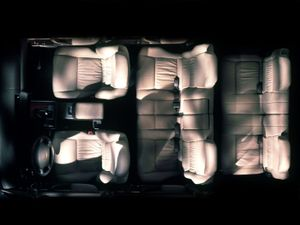 Dòng SUV cao cấp nhất Lexus LX phát triển ra sao (1)