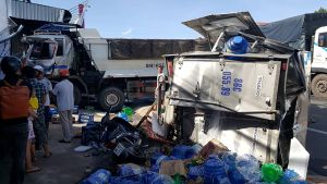 Xe ben gây tai nạn ở Bình Thuận, 2 người bị thương nặng