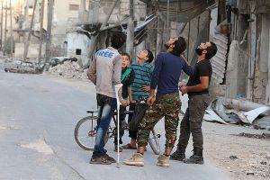 Thành phố Aleppo tan hoang trong mưa bom bão đạn