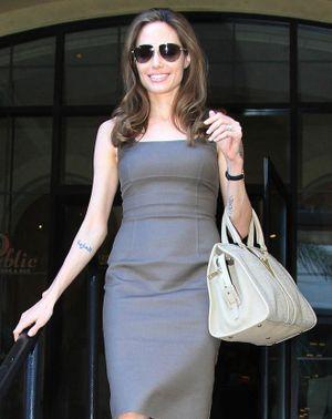 Bộ sưu tập túi hàng hiệu khiến nhiều người mơ ước của Angelina Jolie