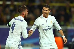 Máy bay riêng của Ronaldo gặp tai nạn ở Barcelona