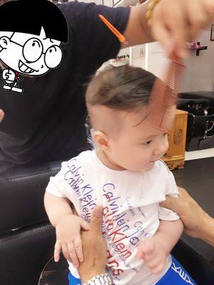 """Điêu đứng vì vẻ ngoài mới cực """"soái ca"""" của con trai Elly Trần"""