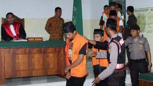 Kết án tử hình kẻ cầm đầu hiếp dâm nữ sinh ở Indonesia