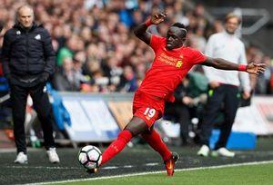 ĐIỂM NHẤN Swansea 1-2 Liverpool: The Kop vẫn sợ bóng 'chết'. Mane vẫn là ngôi sao sáng