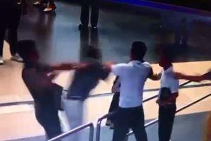 Clip: Người 'giải cứu' nữ nhân viên hàng không bị đánh là ai?