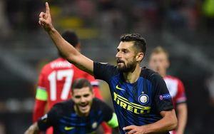 Inter Milan thắng chật vật Southampton 1 - 0