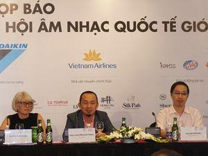 Khán giả khắp nơi bay về Hà Nội vì Monsoon