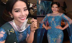 Soi đầm dạ hội giành giải Bạc của Nam Em tại HH Trái đất