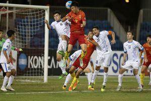 Vớt vát chút danh dự, HLV U19 Trung Quốc 'nổ tưng bừng'