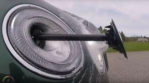 Rửa đèn pha tự động - công nghệ hấp dẫn trên xe sang