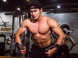 Bài tập giúp cơ ngực vạm vỡ của 9X đẹp trai