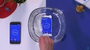 Chuyện gì xảy ra khi chúng ta nhúng Google Pixel vào tô nước trong 1 giờ?