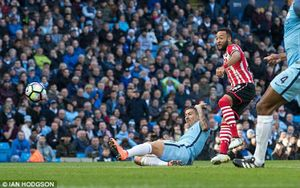 Man City bị Southampton cầm hòa 1 - 1 trên sân nhà