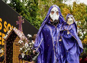 Hình ảnh những chú chó xúng xinh trong lễ Halloween