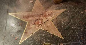 Ngôi sao của Trump ở Đại lộ Danh vọng bị đập nát