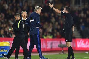 Tội đồ của Man United: 'Tôi xứng đáng bị đuổi vì chửi trọng tài'