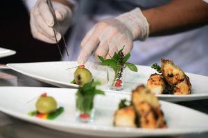 Món ăn Việt sang trọng trên bàn tiệc 5 sao