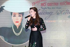 Hồ Quỳnh Hương yêu cầu không đóng MV với bạn diễn khác giới