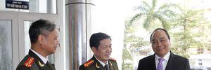 Phó Thủ tướng Nguyễn Xuân Phúc thăm, chúc Tết CATP Đà Nẵng