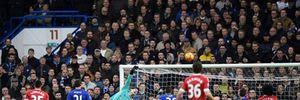 """Diego Costa ghi bàn phút cuối, Chelsea chia điểm """"nghẹt thở"""" cùng MU"""