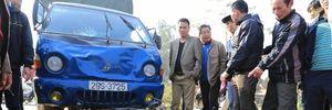 Hà Nội: 3 bố con tử vong vì bị ô tô tông khi đi chúc Tết