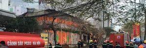 Cảnh sát Hà Nội xin chi viện để chữa cháy sáng sớm mùng 4 Tết