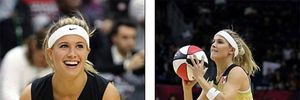 """Mỹ nhân làng banh nỉ """"đại náo"""" sân bóng rổ NBA"""