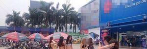 Trần Anh tiếp thị mẫu bikini, Thế giới Di động gái sexy câu khách