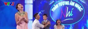 Văn Mai Hương 'lộ hàng' trên sóng quốc gia