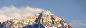 Vì sao núi Everest là tử huyệt đáng sợ của loài người?