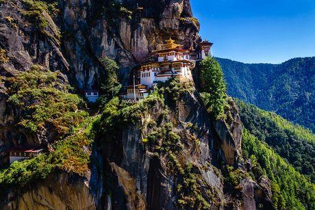 Ve dep xu so Bhutan qua goc nhin nhiep anh gia Viet - Anh 1