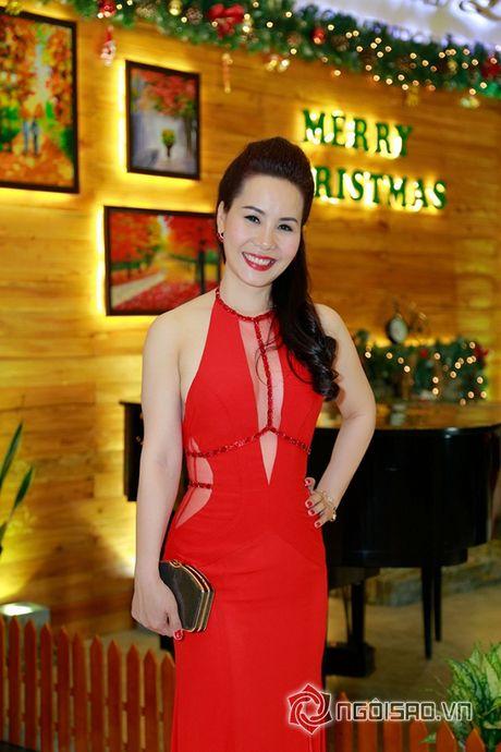 Nữ hoàng Doanh nhân Ngô Thị Kim Chi dien dam do noi bat tai su kien thoi trang - Anh 3