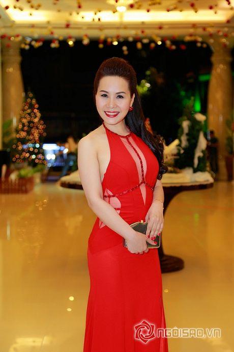 Nữ hoàng Doanh nhân Ngô Thị Kim Chi dien dam do noi bat tai su kien thoi trang - Anh 4