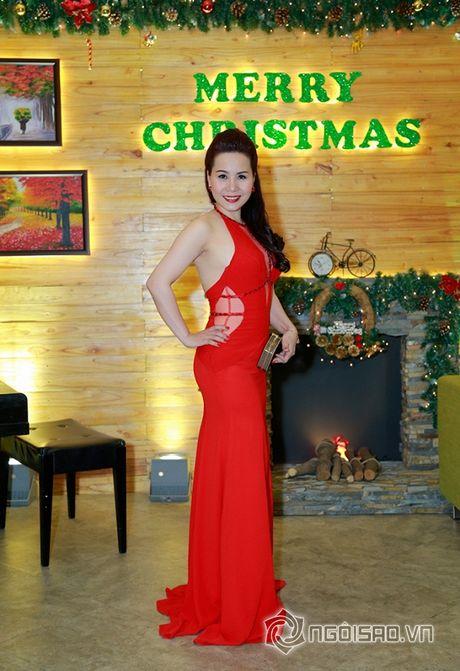 Nữ hoàng Doanh nhân Ngô Thị Kim Chi dien dam do noi bat tai su kien thoi trang - Anh 8