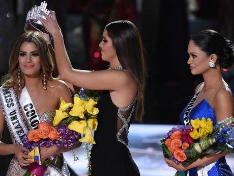 Hoa hậu Colombia được mời đóng phim người lớn 1 triệu USD