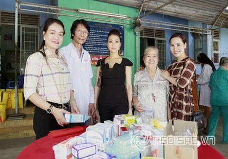 Nữ hoàng Doanh nhân Ngô Thị Kim Chi xot xa hoan canh cua cac nghe si gia neo don - Anh 11