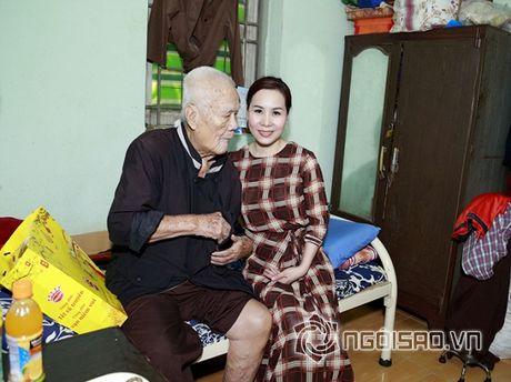Nữ hoàng Doanh nhân Ngô Thị Kim Chi xot xa hoan canh cua cac nghe si gia neo don - Anh 7