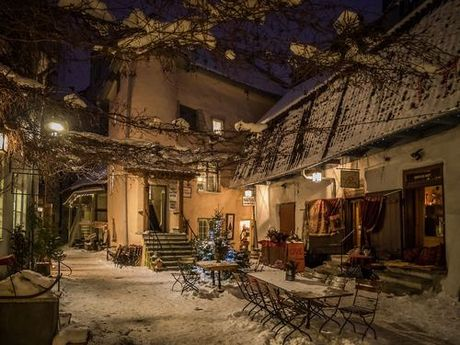 Vẻ đẹp bí ẩn của thị trấn thời trung cổ