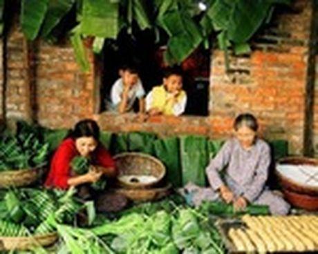 Tết Việt rườm rà (3): Vẫn còn 'đàn ông mâm trên, đàn bà mâm dưới'!