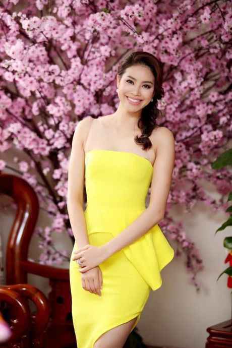 Pham Huong khien fan ngan ngo tai Le hoi van hoa Nhat Ban - Anh 5