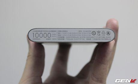 Mo hop pin sac Xiaomi 10.000 mAh phien ban 2016: Mong manh, sac ra vao cuc nhanh, tang cong chuyen USB Type-C - Anh 7