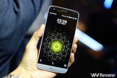 """LG G5 ban ra tu thang 4, se co """"gia soc"""" tai Viet Nam - Anh 4"""