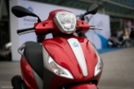 [Tren tay] Piaggio Medley ABS 125cc, thiet ke on, ABS 2 kenh, cop rong - Anh 35