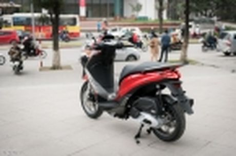 [Tren tay] Piaggio Medley ABS 125cc, thiet ke on, ABS 2 kenh, cop rong - Anh 55