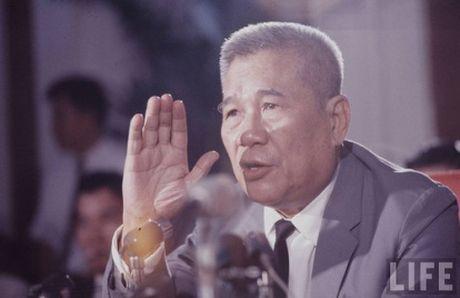 So phan 10 nhan vat quyen luc nhat Sai Gon sau 1975 - Anh 3