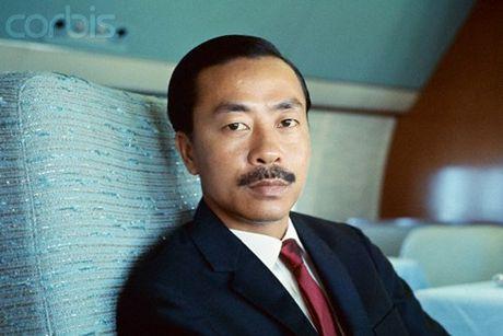 So phan 10 nhan vat quyen luc nhat Sai Gon sau 1975 - Anh 4