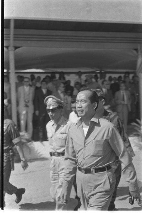 So phan 10 nhan vat quyen luc nhat Sai Gon sau 1975 - Anh 5